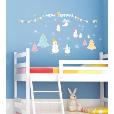 kerst muurstickers sneeuwman & kerstboom